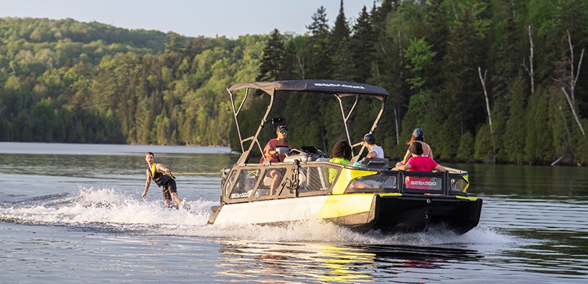 The 2022 Sea-Doo Switch is a  re-imagined pontoon that makes hitting the water more accessible than ever  before. ©BRP 2021